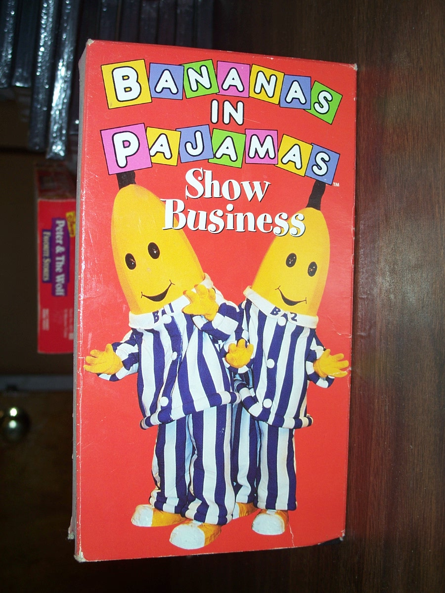 "Bananas In Pajamas ""Show Business"" (used)"