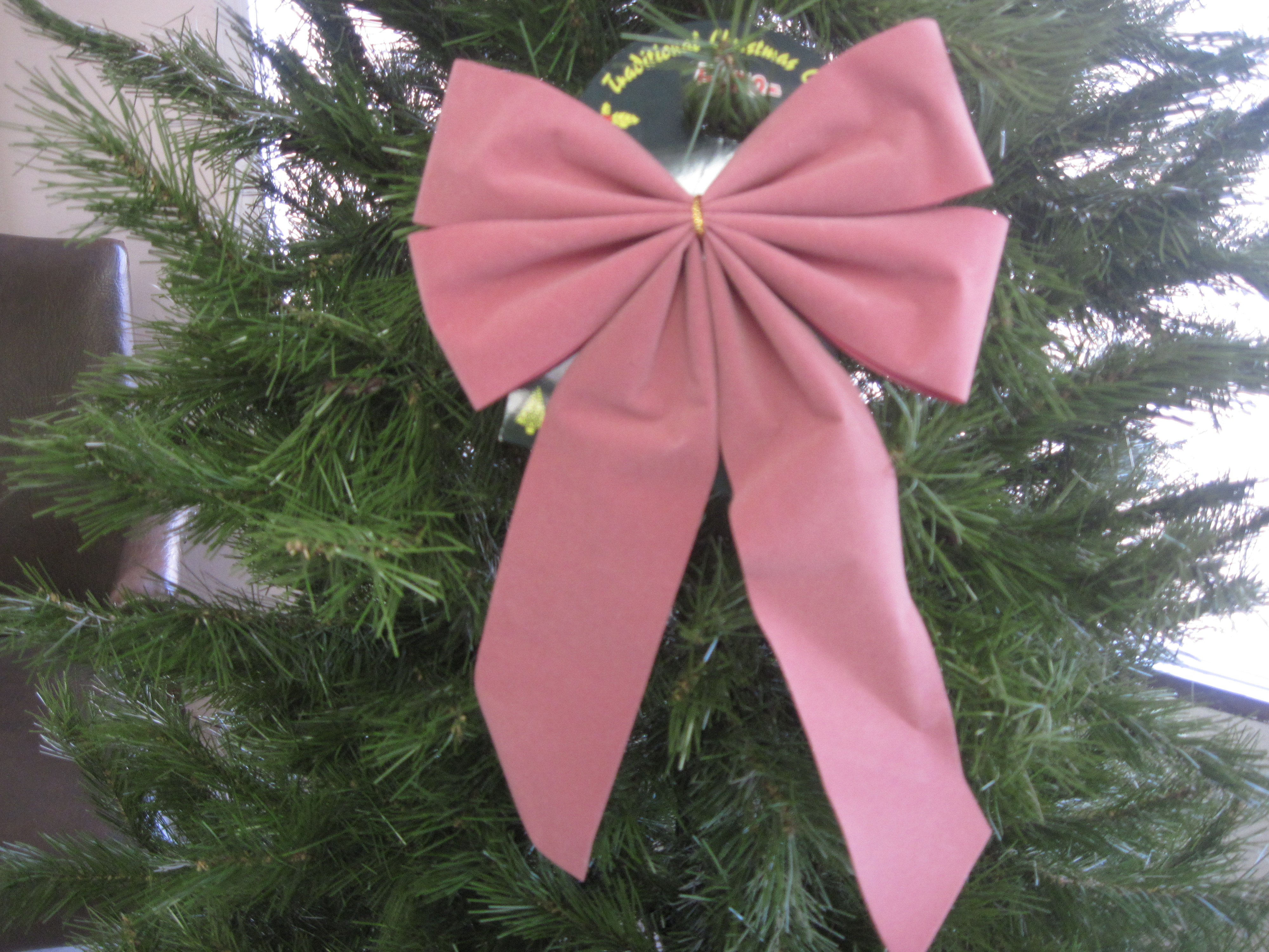Traditional Christmas Bow Ornament - Pink